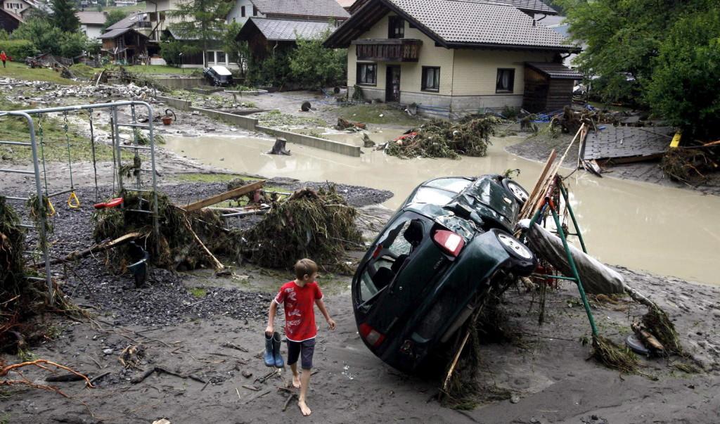 Ketten meghaltak a Svájcra és Franciaországra lecsapó vihar miatt
