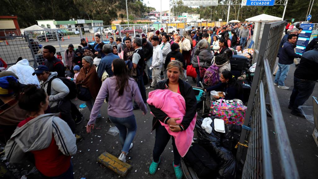 Csaknem tízezer venezuelai özönlött Peruba a belépés szigorítása előtti utolsó napon