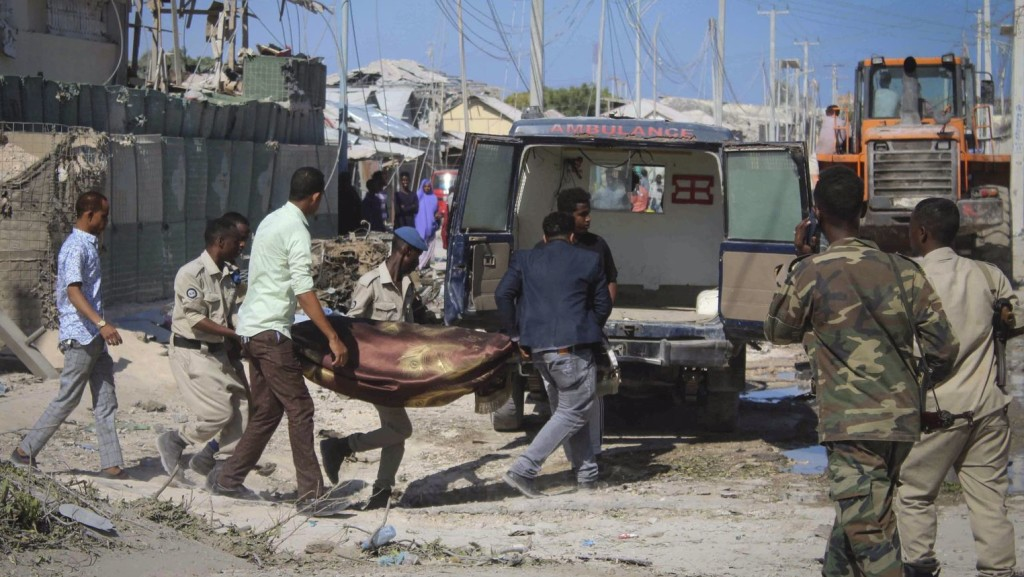 Autóbombák robbantak Mogadishuban