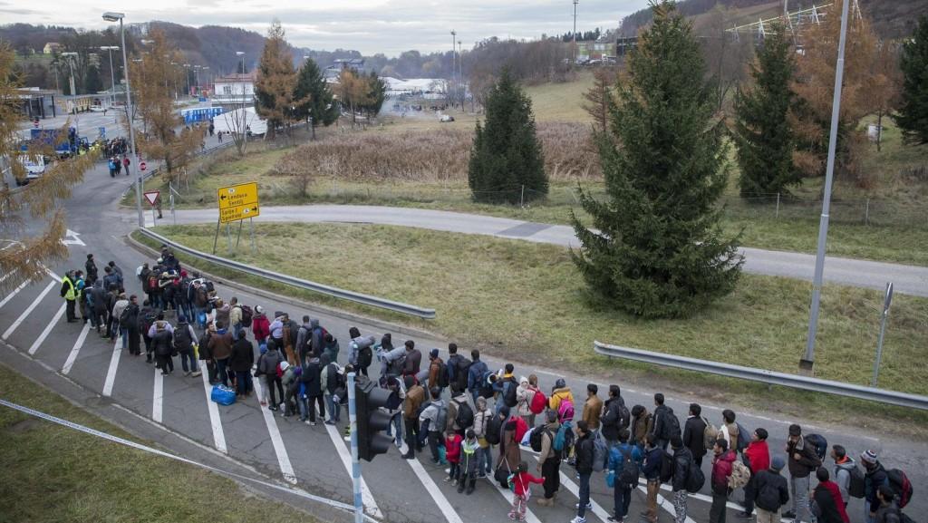 Szijjártó: Kötelezővé akarják tenni az ENSZ Globális Migrációs Csomagját
