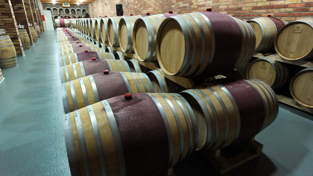 Már száz borászat található a magyar borok új honlapján