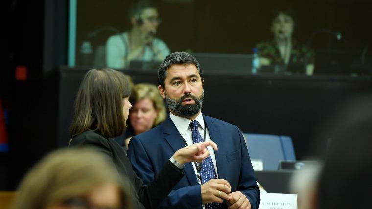 Az EP illetékes szakbizottsága ismét elhalasztotta Hidvéghi Balázs alelnöki pozíciójáról szóló szavazását