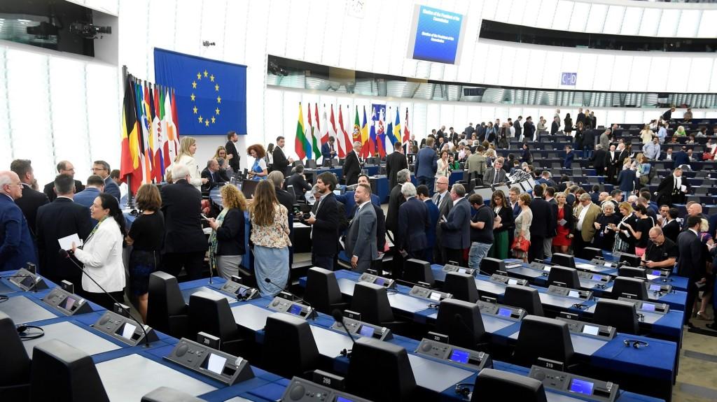 Augusztus végén kell leadni az Európai Bizottság jelöltjeinek nevét