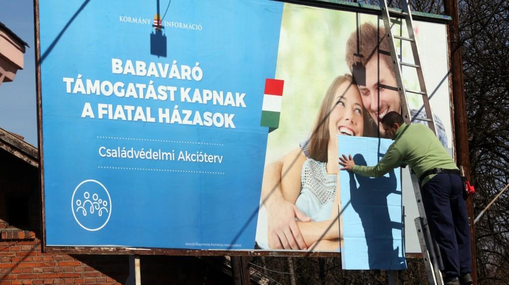 Hatszáz milliárd forinthoz jutottak a családok a családvédelmi akcióterv keretében