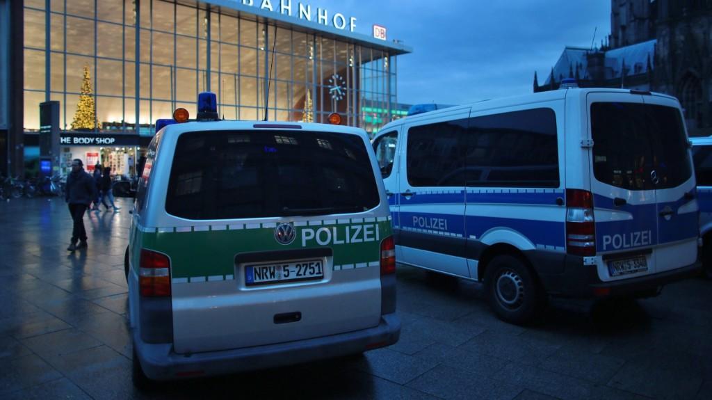 Merénylet veszélye miatt razziáztak a rendőrök Németországban