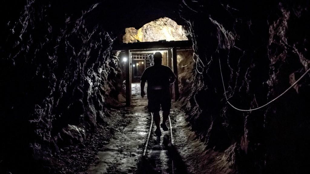 Legkevesebb ötven bányász vesztette életét egy földcsuszamlás következtében Mianmarban