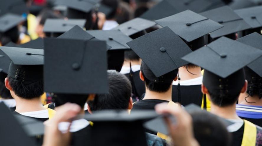 A népesség több mint harmada diplomás