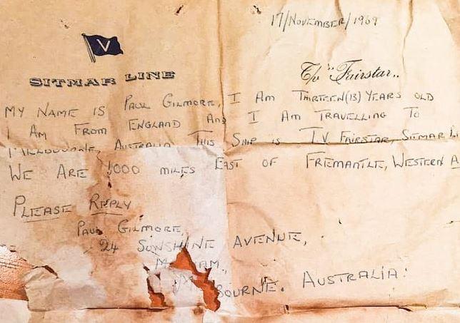 Palackba zárt üzenet íróját keresik 50 év után