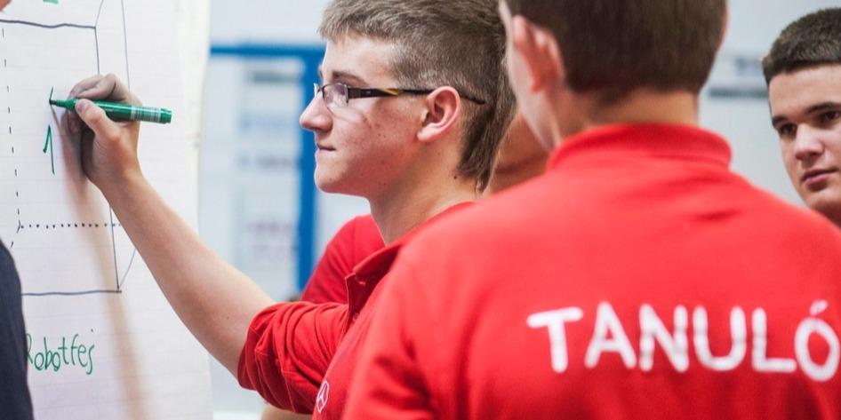 A PDSZ szerint az új törvény alkalmatlan a szakképzés reformjára