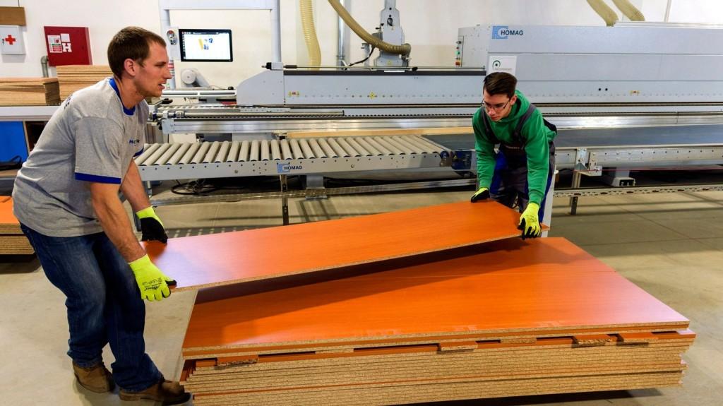 Munkaerőpiaci reform indul Komárom-Esztergom megyében