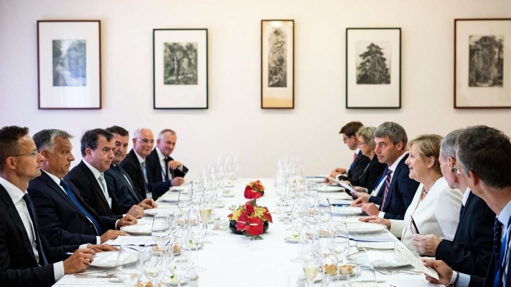 Angela Merkel és Orbán Viktor sajtónyilatkozata Sopronból - Itt nézheti élőben