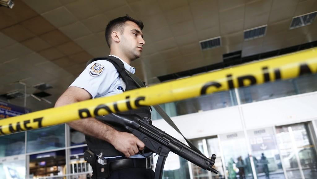 Őrizetbe vették Törökországban a kurd szakadár terrorszervezet több mint 400 feltételezett tagját
