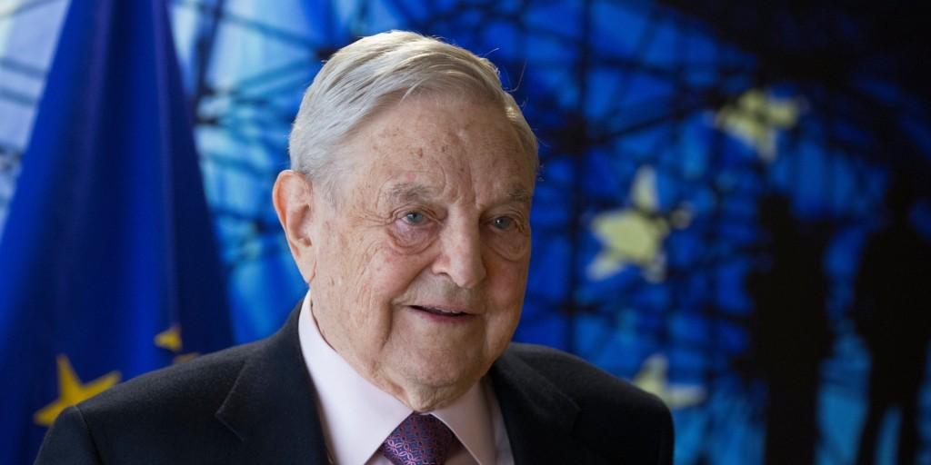 Boros Bánk: Politikai befolyást akar vásárolni Soros György