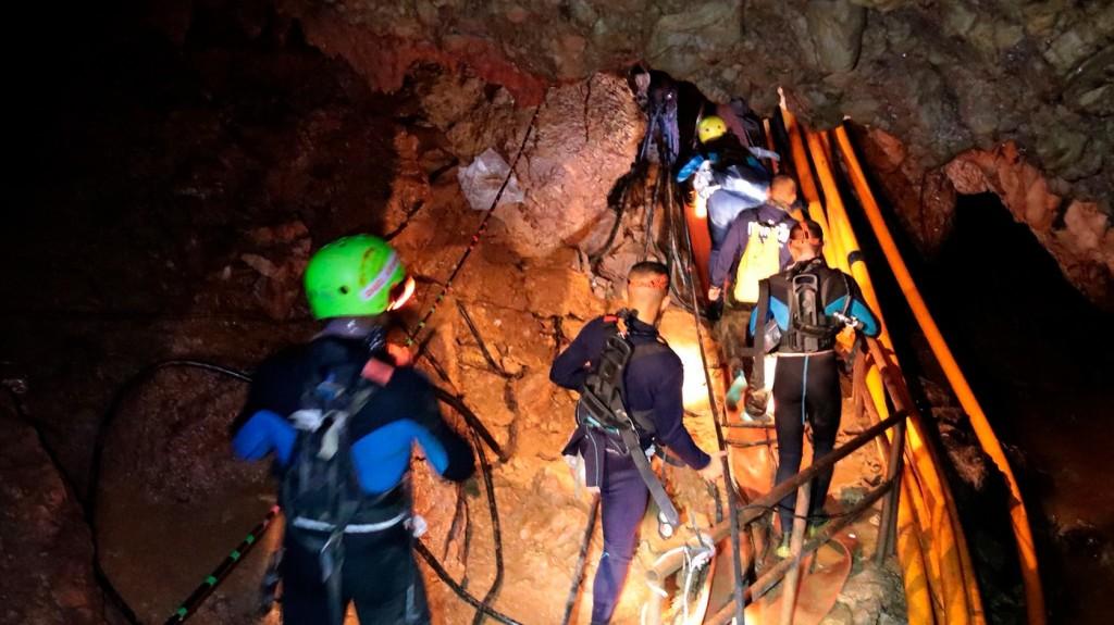 Két barlangász rekedt egy lengyel barlang mélyén