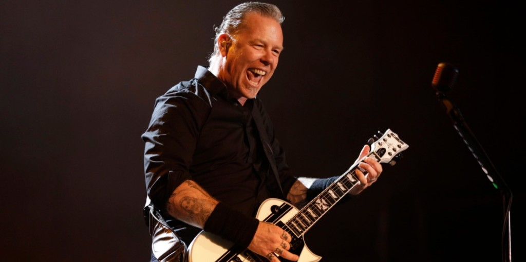 Közel 82 millió forintnyi eurót adományozott a Metallica az első romániai gyermekrákkórház építésére