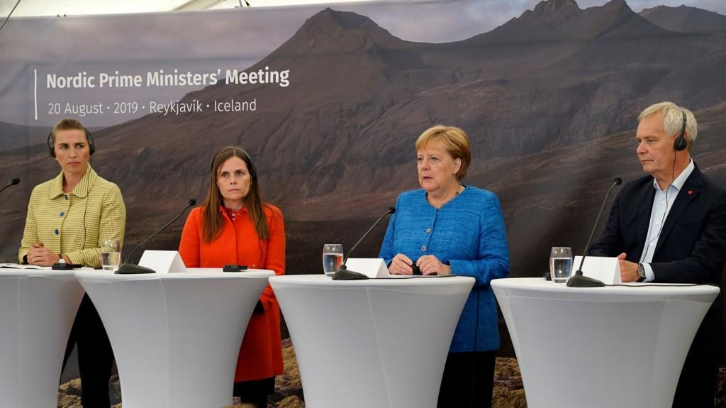 Merkel elutasította Johnson fenntartásait