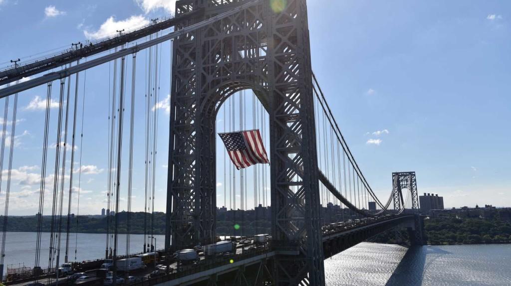 Bombariadó miatt lezárták a Washington hidat New Yorkban