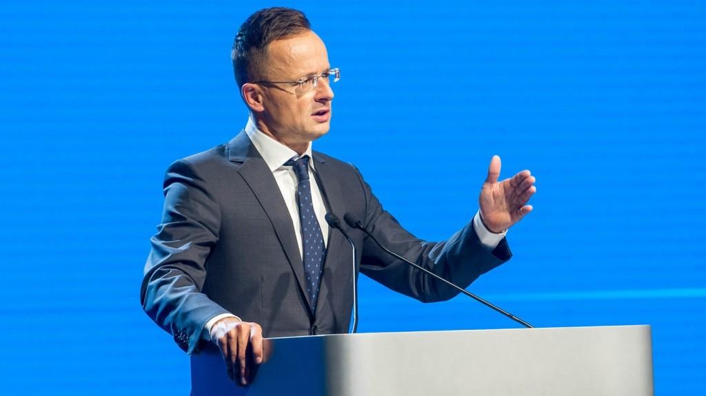 Szijjártó: Nemzetközi szinten is versenyképes a magyar élelmiszeripar