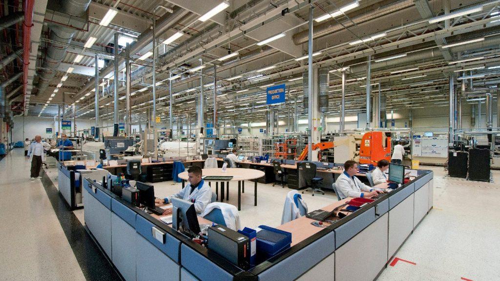 A foglalkoztatottság alig nőtt, a keresetek viszont stabilan emelkedtek Erdélyben