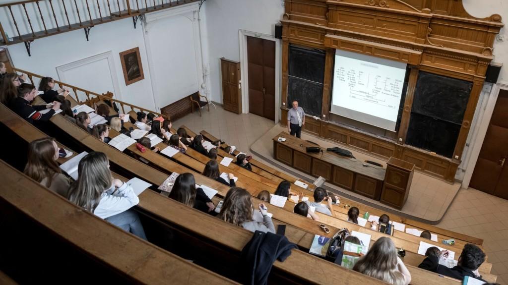 Új típusú digitális fejlesztések kezdődnek a felsőoktatásban