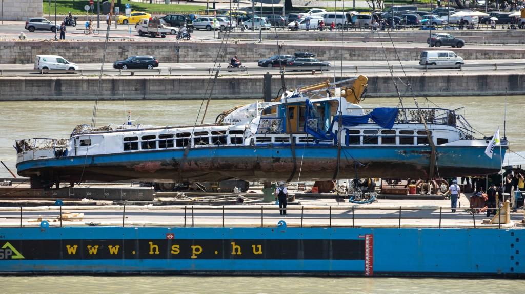 Meghosszabbították a dunai hajóbaleset okozásával gyanúsított ukrán kapitány letartóztatását
