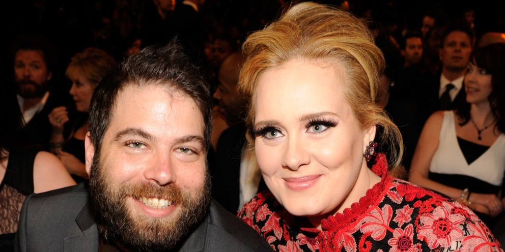 Adele öt hónapot várt, most beadta a válási papírokat
