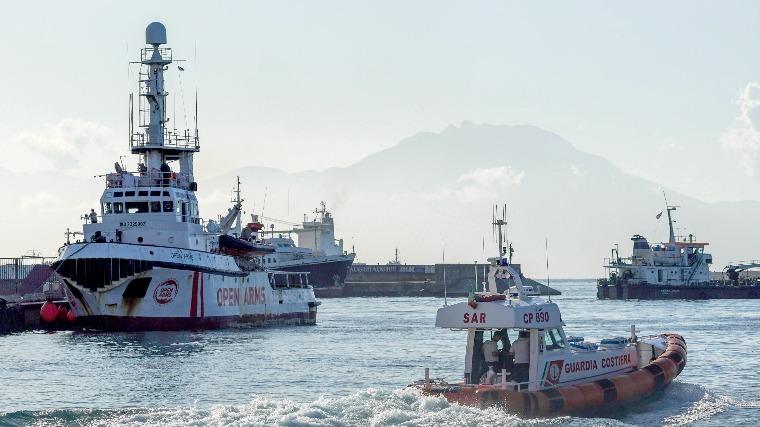 Migránsok okoztak tüzet egy hajón a konstancai kikötőben