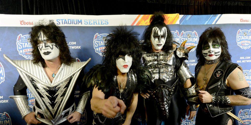 Szenzációs ötlettel állt elő a Kiss zenekar