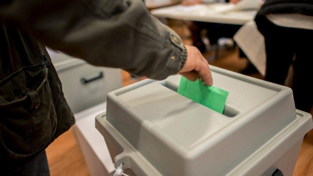 Előrehozott választásokat tart tavasszal Észak-Macedónia