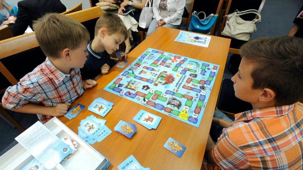 Rétvári: Ma már más képet mutatnak az iskolák, mint tíz éve
