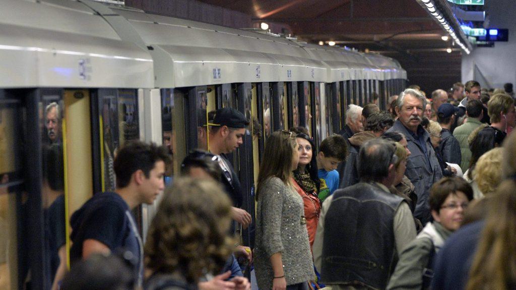 Megkezdődött az Alstom-metrókocsik beszerzésével kapcsolatos büntetőper