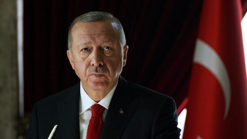 Erdogan: Ankarát nem érdekli, hogy a kitoloncolt dzsihadistákat visszafogadják-e