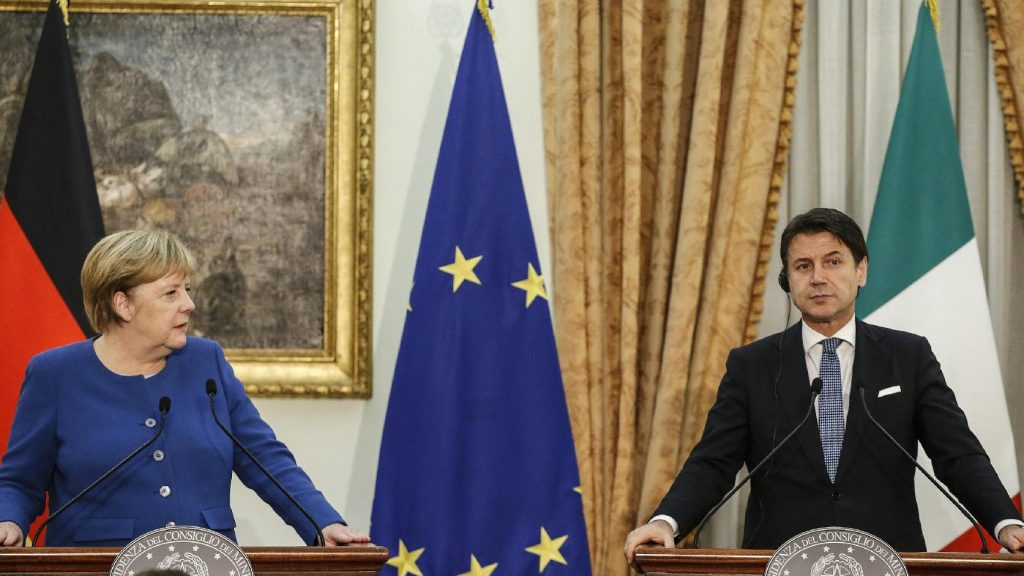 Az európai migrációs probléma szélesebb körű megoldását szorgalmazta Conte és Merkel