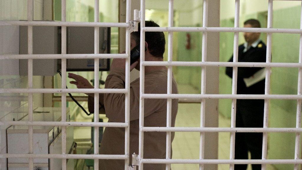 Nézőpont: A börtönbizniszről szóló kérdés nemzeti egységet teremthet