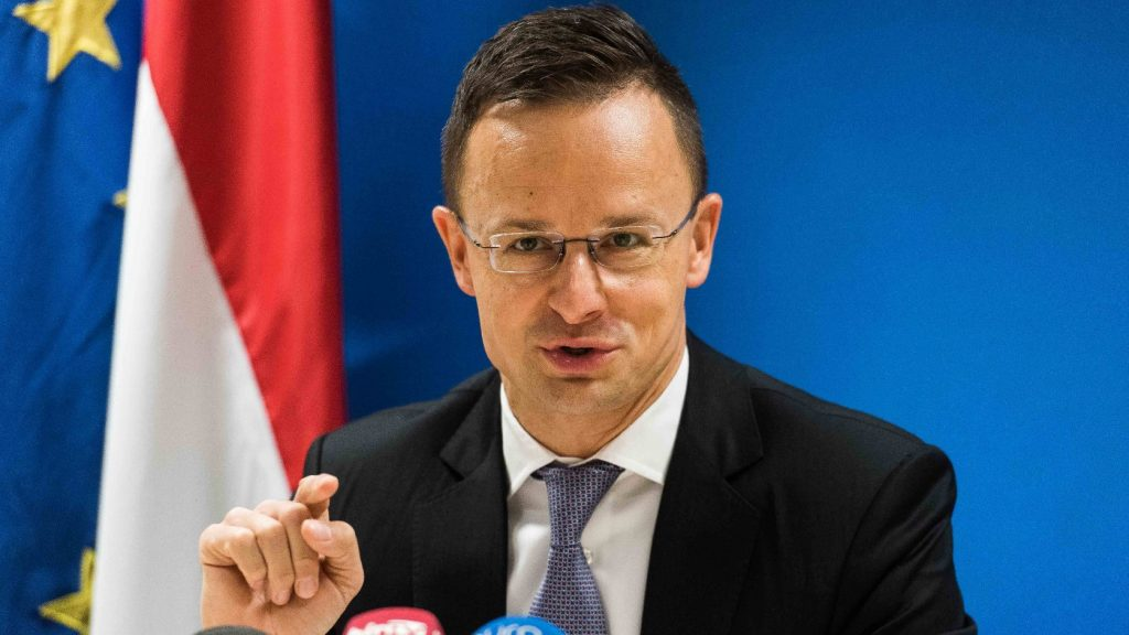 Szijjártó: Növekedő migrációs nyomásra kell számítani a következő hónapokban