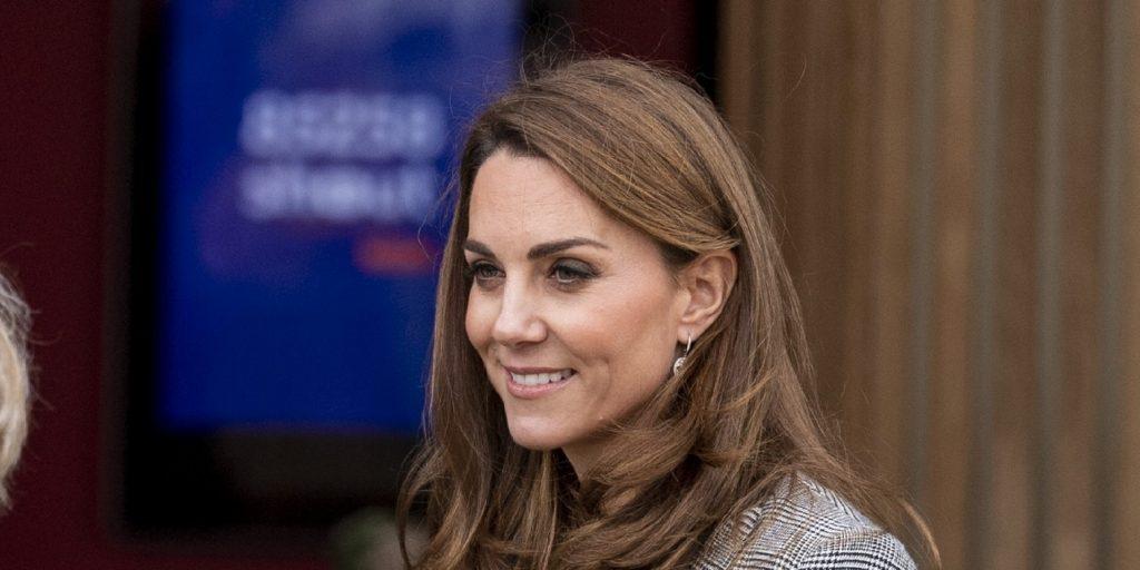 Katalin hercegnének elég egy zakó és nadrág kombináció ahhoz, hogy megnyerje az őszi divatversenyt