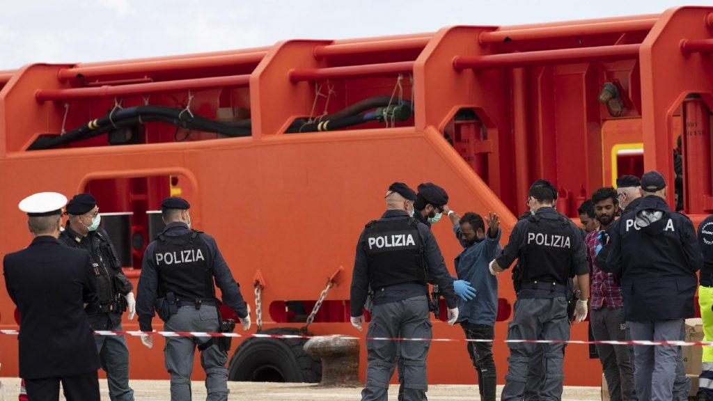 Verekedés tört ki migráns fiatalok között Milánó központjában