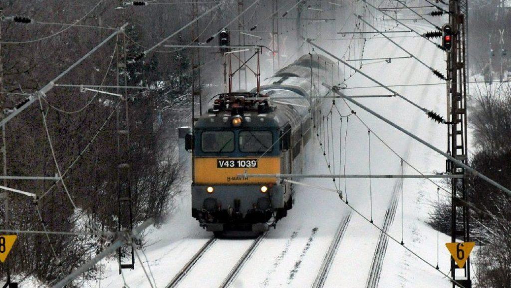 Módosul a vonatközlekedés a hétvégén