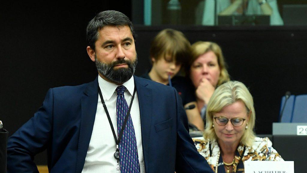 Hídvéghi: A LIBE-bizottság migrációs javaslata őrültség