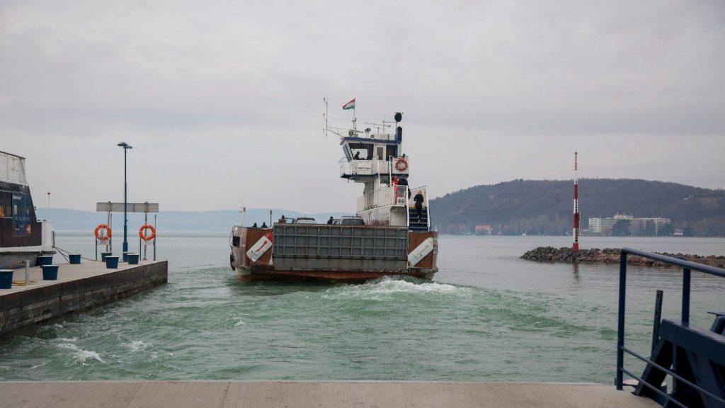 Kétmilliomodik utasát köszöntötte a Balatoni Hajózási Zrt.