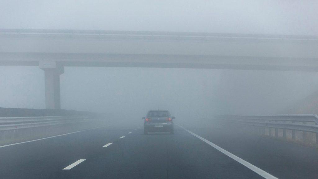 Többfelé is sűrű ködre figyelmeztet a meteorológiai szolgálat