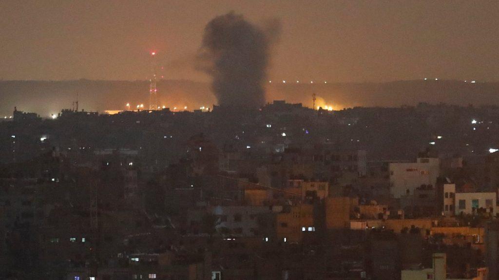 Izrael légicsapást mért Gázára, miután onnan rakétákkal támadtak