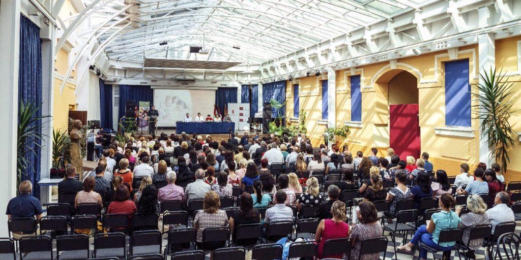 Magyar iskola választására kéri a Rákóczi Szövetség a külhoni családokat