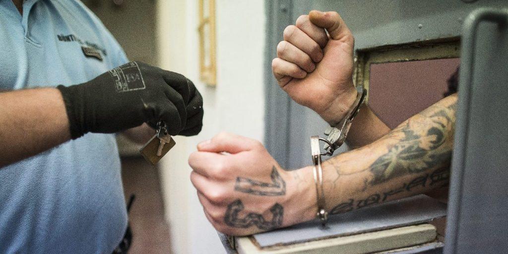 Századvég: A magyarok háromnegyede elutasítja a börtönbizniszt