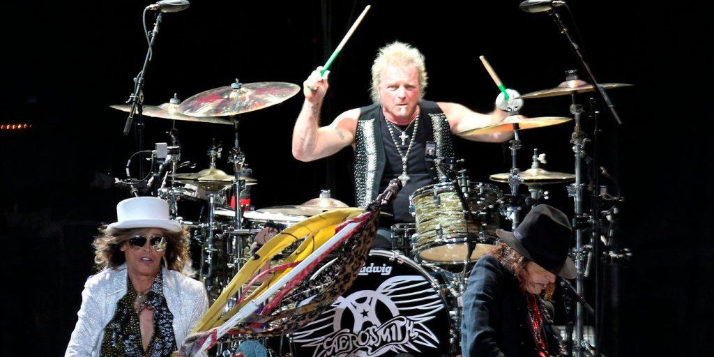 Hiába perelte be zenésztársait, kitiltották az Aerosmith dobosát a Grammyről