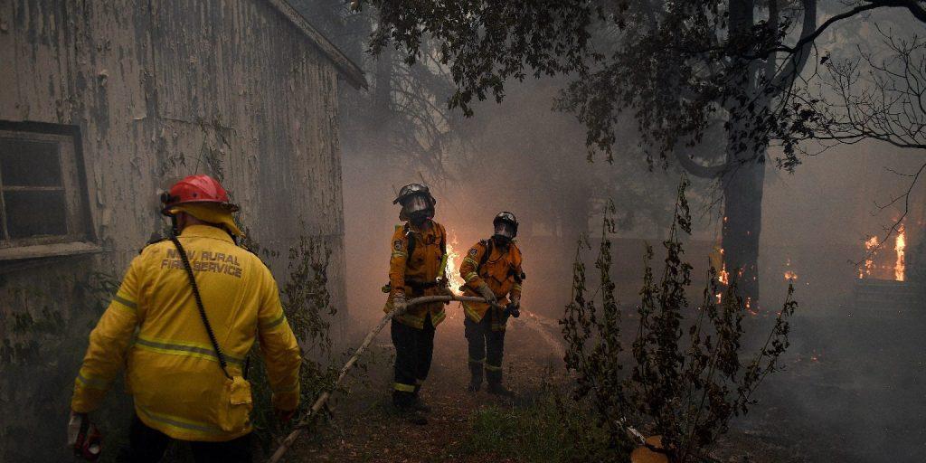 Gigászi pizzával gyűjtöttek pénzt a bozóttüzekkel harcoló tűzoltóknak Ausztráliában