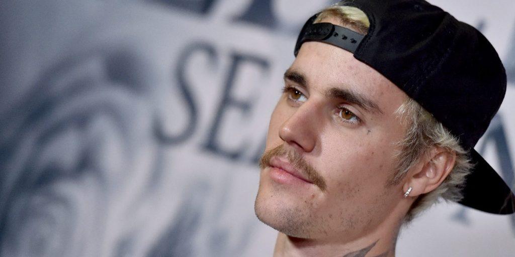 Justin Bieber az új Elvis Presley - 59 éves rekordot döntött meg