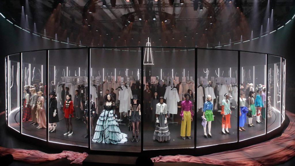 A kulisszák mögé kalauzolta el a közönséget a Gucci show-ja
