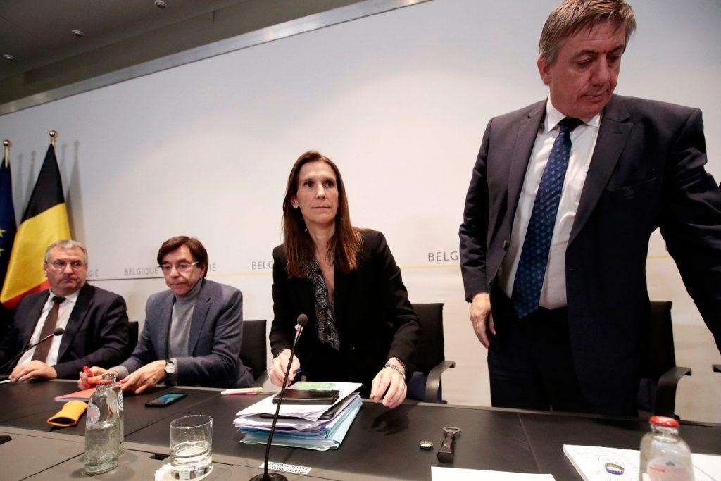 Intenzív osztályon kezelik a belga külügyminisztert