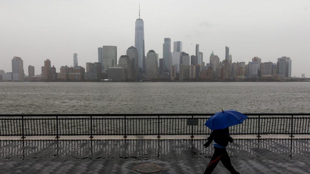 Súlyos bűntettekért elítélteket is szabadon engednek New York államban